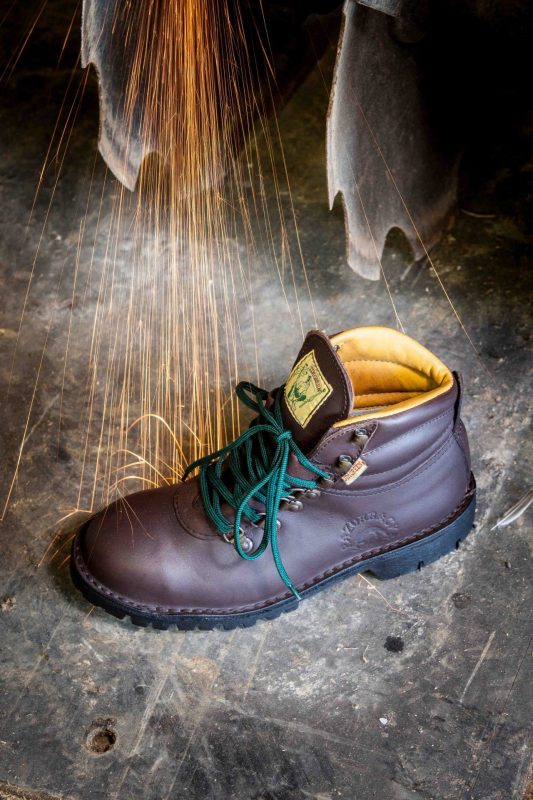 safety boots SABS